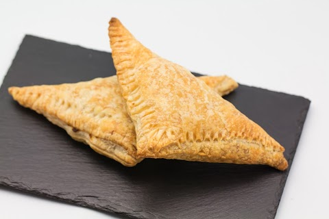 Puff Pastry filled with Soy and Cream Cheese