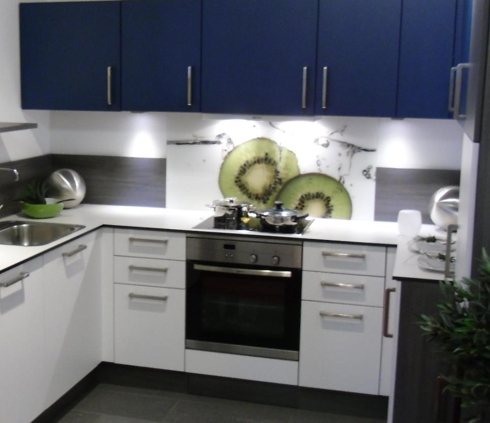 Chef cocinas gandia valencia el cristal en la cocina - Colores para muebles de cocina ...