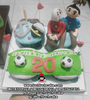 Cupcake Tema Bola dan Pelaut daerah Surabaya - Sidoarjo