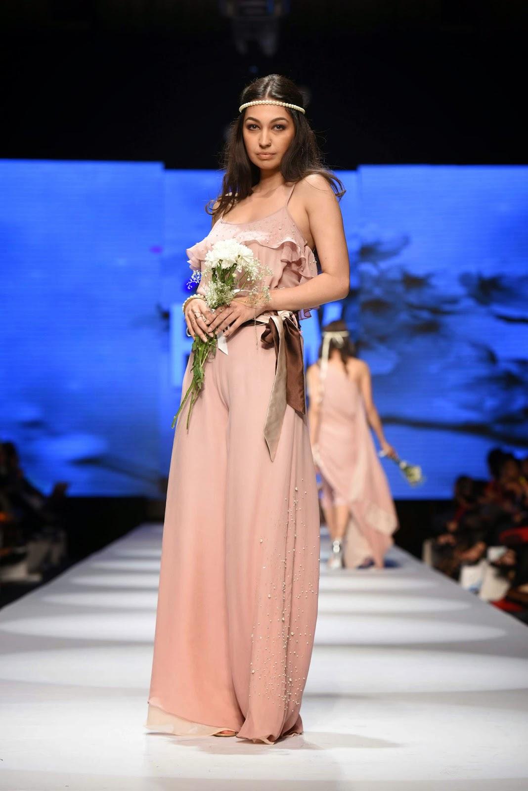 Sadaf Malaterre Telenor Fashion Pakistan Week Day 1
