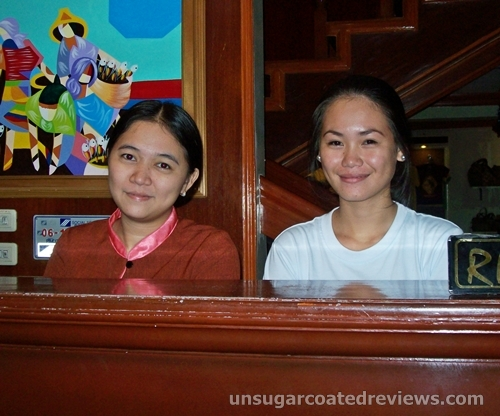 front desk receptionists