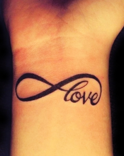Some amazing love tattoos designs