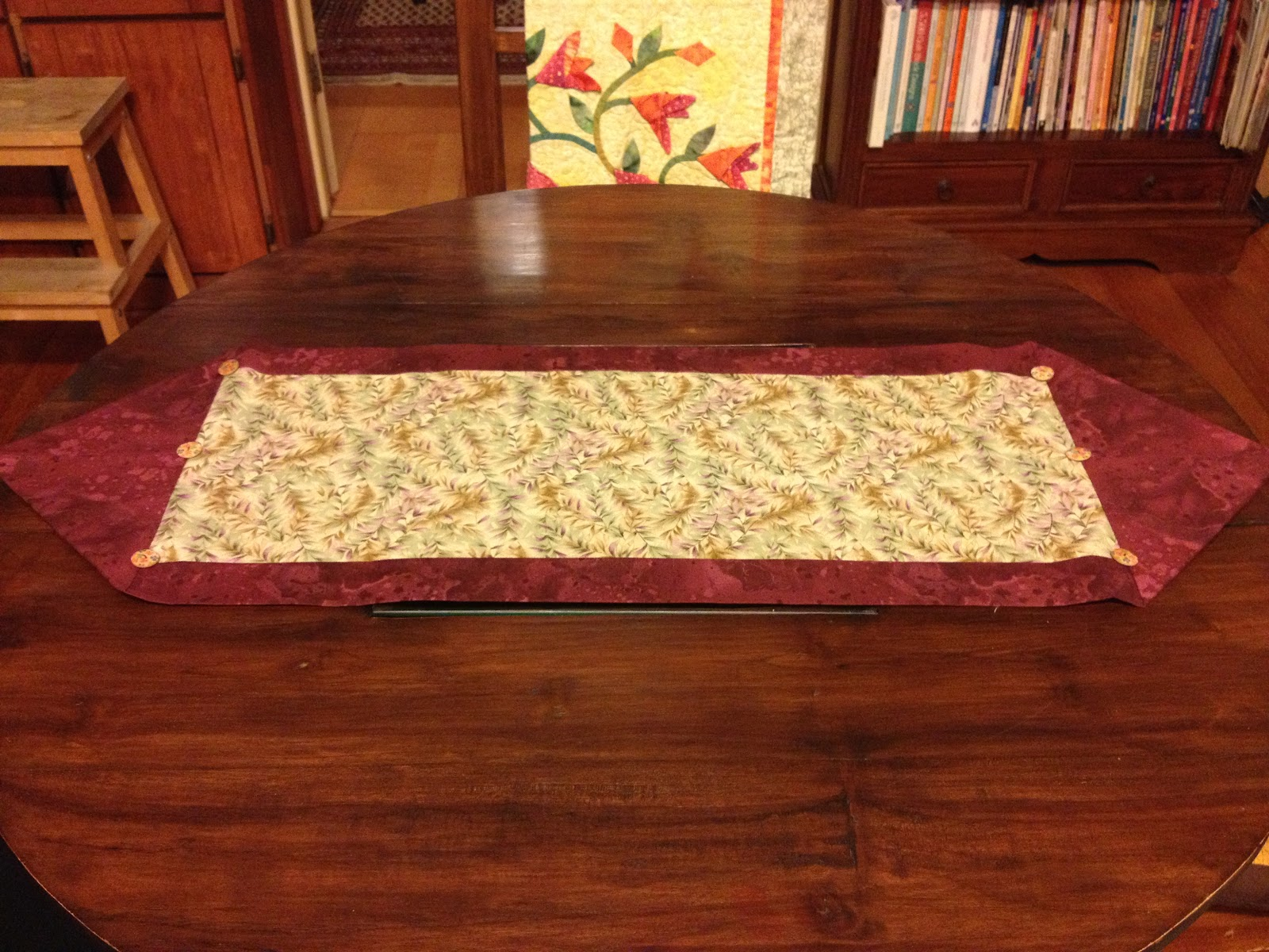 Pretty ideas juq 10 minute table runner for 10 min table runner