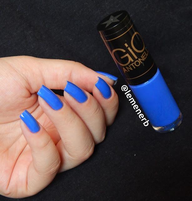 esmalte azul neon