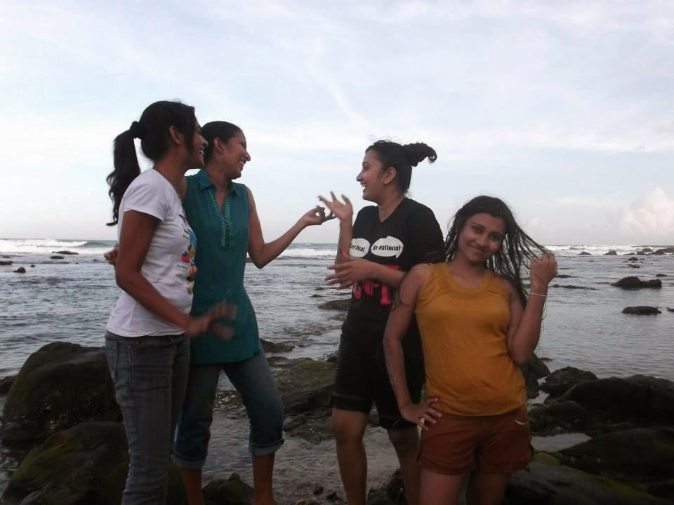 madhu nithyani at tangalle beach
