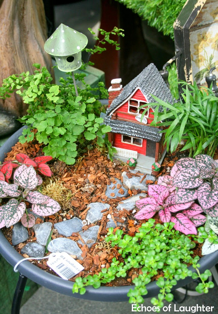 how to make a fairy garden 4 other fabulous outdoor plant flower projects for the outdoor. Black Bedroom Furniture Sets. Home Design Ideas