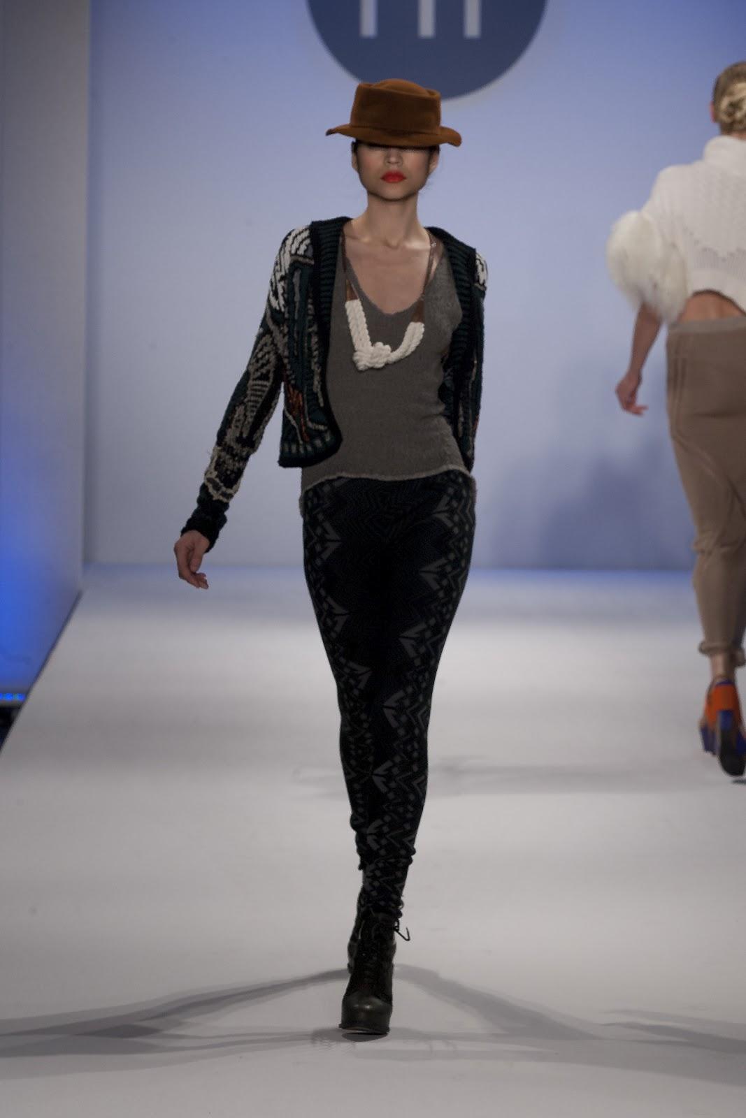 http://3.bp.blogspot.com/-X77kp84FTGI/T62o5sQzHuI/AAAAAAAACC4/wrO_F38_a6c/s1600/10-Whitney-Bender-knit-knitwear-fashion-20120502_GradFashion_01_033.jpg