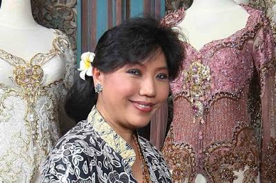 Lima Perancang Busana Wanita Paling Terkenal di Indonesia