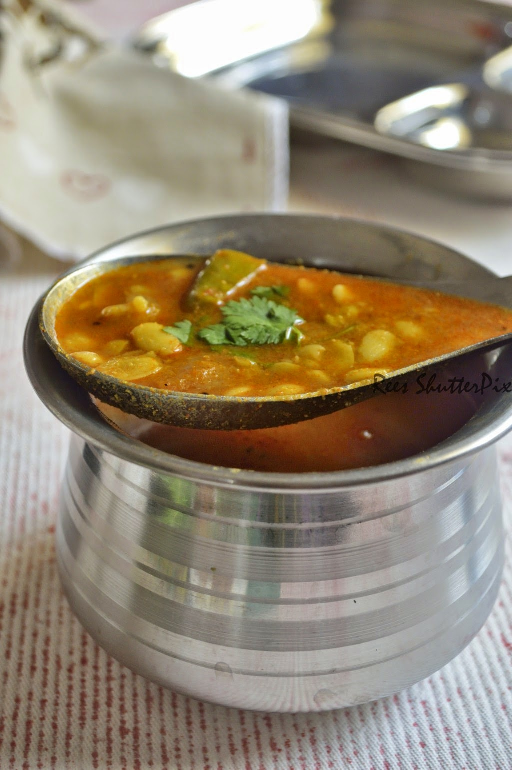 mocha kottai sambar recipe, pidukku paruppu sambar recipe, hitikida avarekalu recipe, mochai recipes, easy mocha recipes, mocha kottai recipes