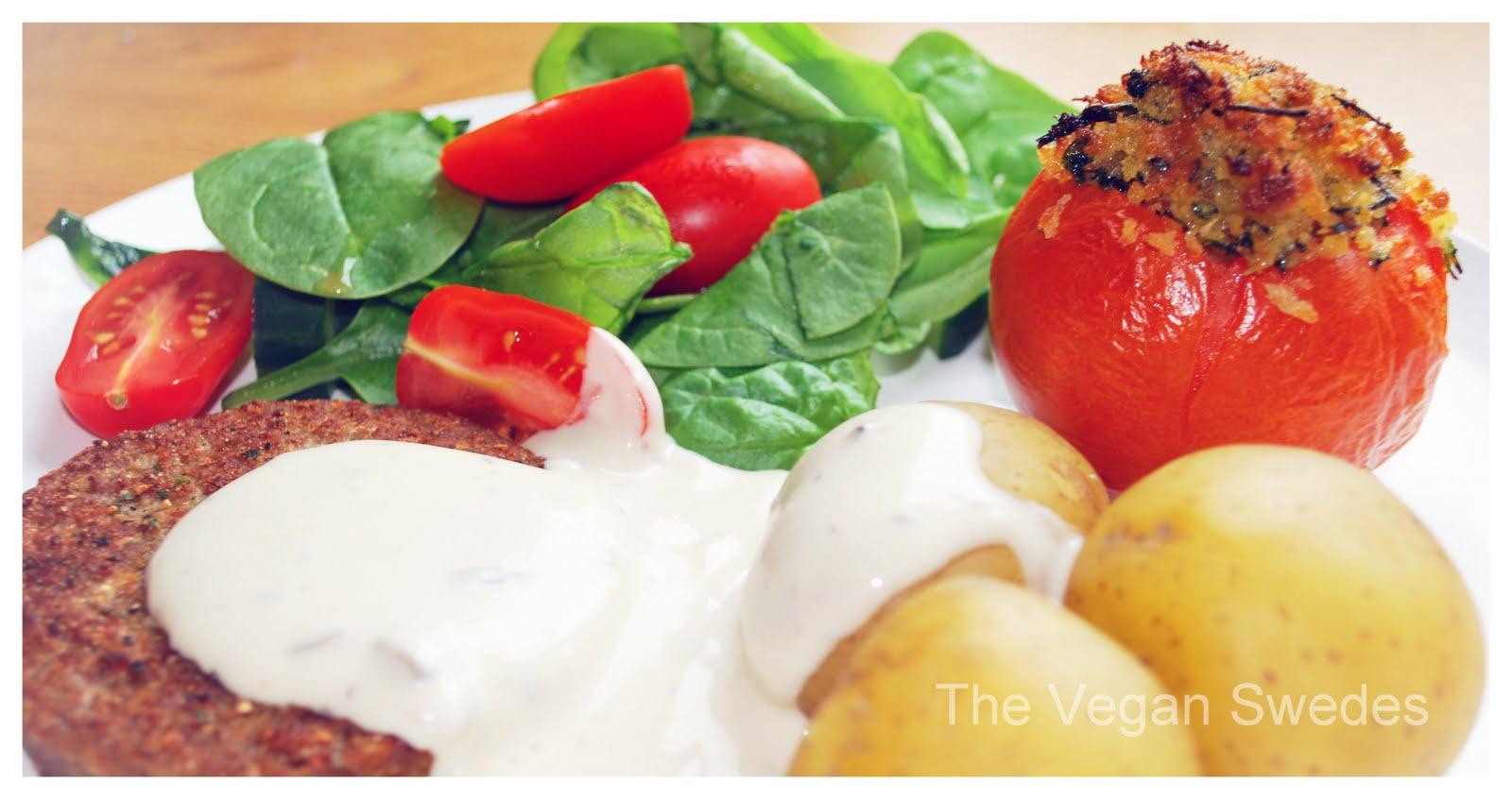 The Vegan Swedes: Baked Tomatoes w/ Crispy Filling