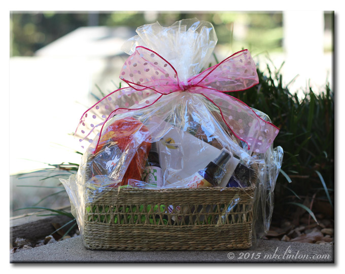 One lovely gift basket with pink bow