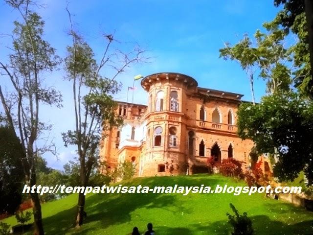 gambar wisata sejarah kellies castle di ipoh perak