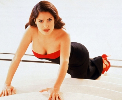 salma hayek wallpapers hot. Salma Hayek Hot Wallpapers12
