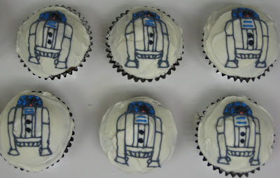 Star Wars R2-D2 Cupcakes - Small Group