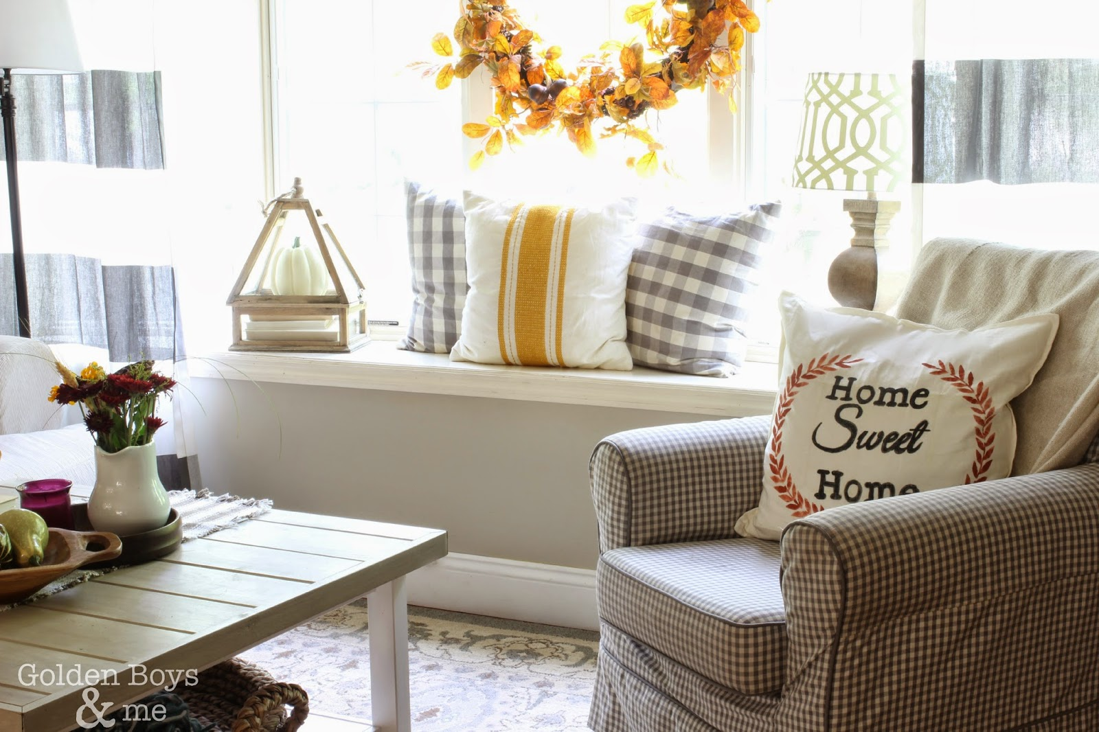 Window seat with fall decor-www.goldenboysandme.com