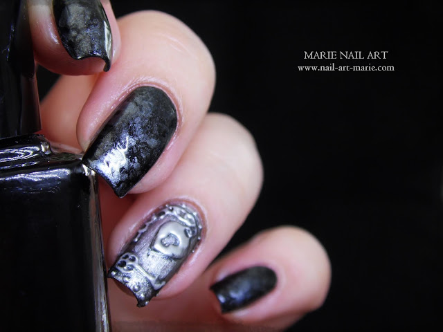 Nail Art effet Métal Ancien en 3D1
