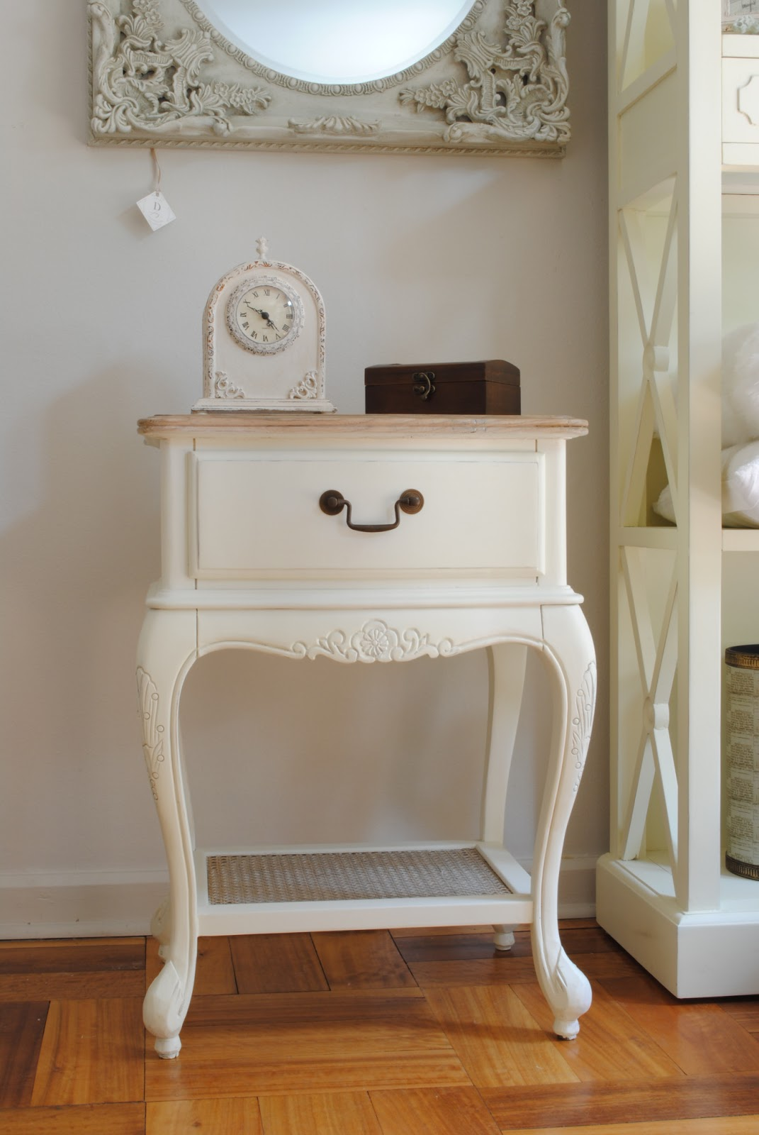 Paz montealegre decoraci n muebles provenzal blancos - Estilo provenzal muebles ...