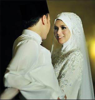 Mengenal Sikap Istri yang Mampu Membuat Suaminya Sukses, Keluarga Sakinah Mawaddah Warohmah, Membangun Keluarga yang baik