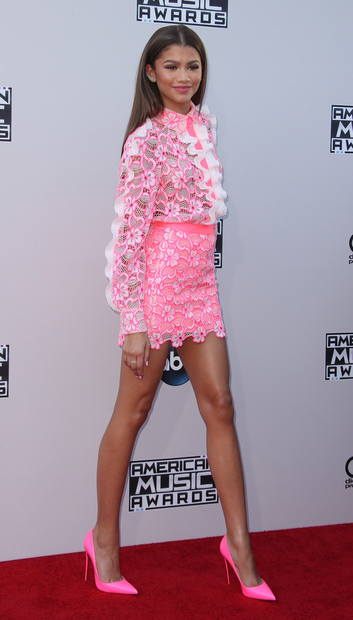 The Toe Cleavage Blog: Double up - Zendaya (day 2)