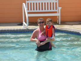 Mommy & Pumpkin hit the pool