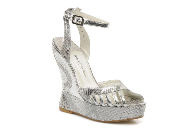 Terry de Havilland silver metallic high heel wedges