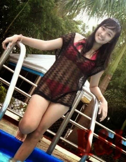 foto gadis bikini
