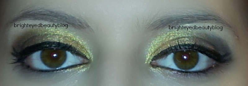 Vice Palette Series: Gold and Grey Graphic eyeliner look both eyes open