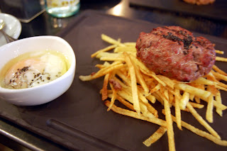 Stitch and Bear - Cornelia &amp; Co - Foie gras hamburger