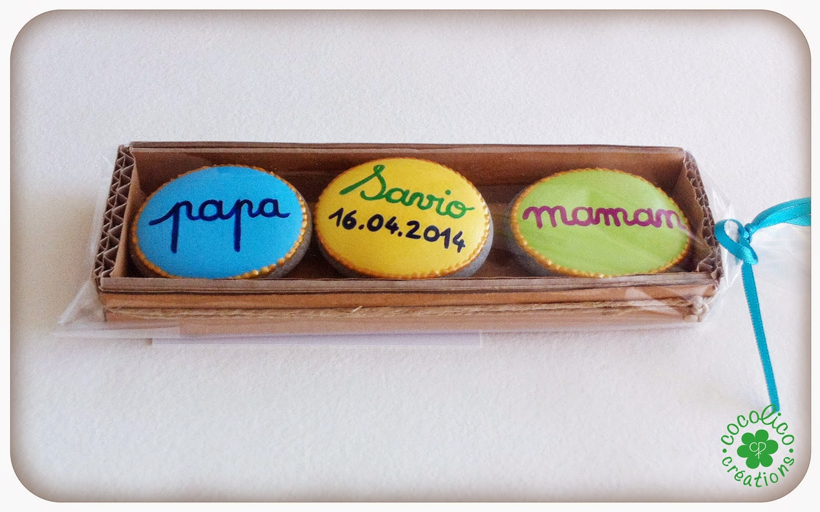 cocolico creations cadeau de naissance petits galets magnets. Black Bedroom Furniture Sets. Home Design Ideas