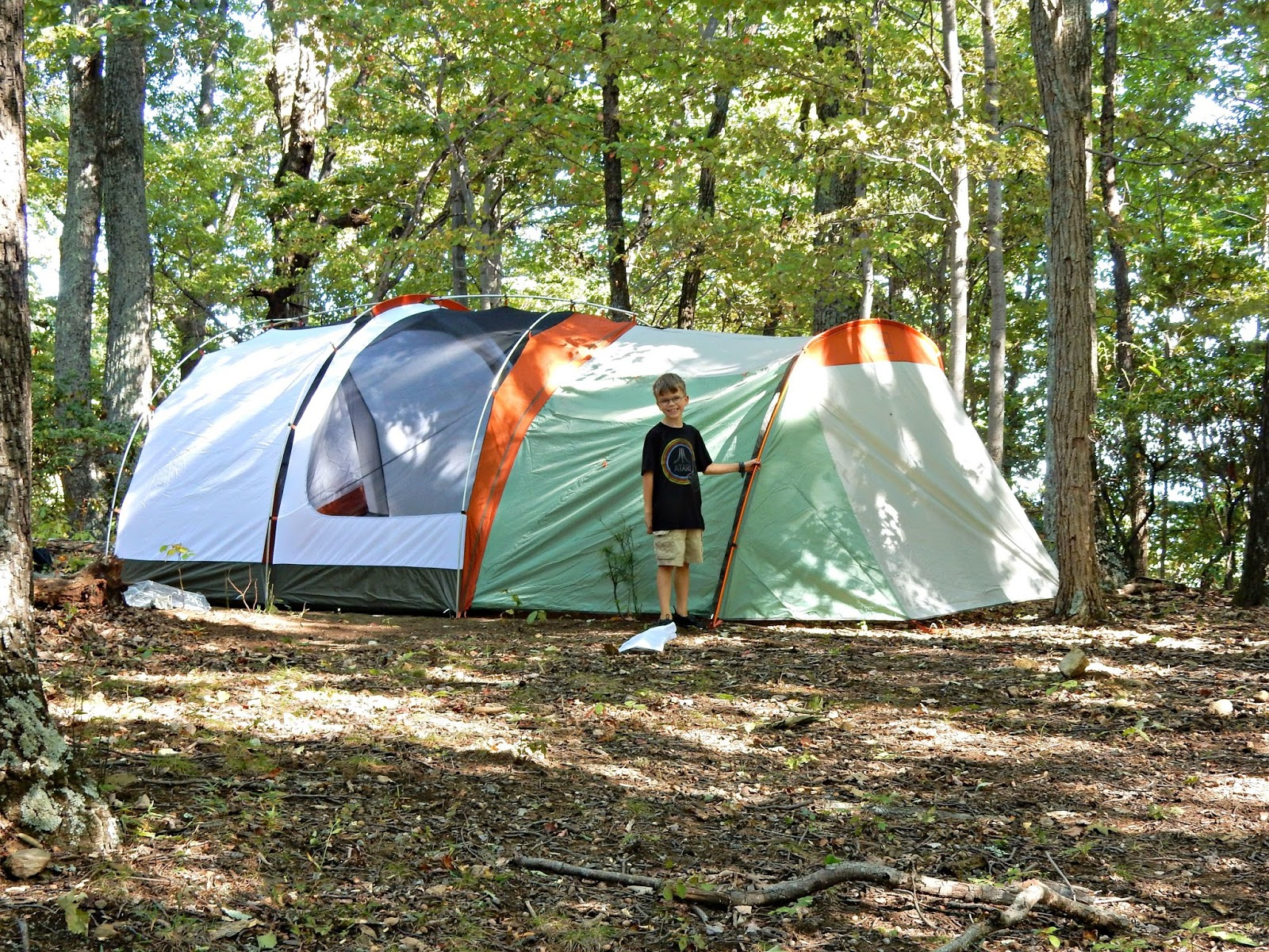 If itu0027s anything like our last tent this will get a lot of use! We are eager to take some c&ing trips - now we just have to find the time! & Two Bears Farm and the Three Cubs: The REI Kingdom 6 Tent