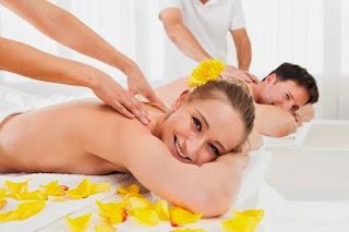 [Hình: couples-massage%25281%2529%2B%25281%2529.jpg]