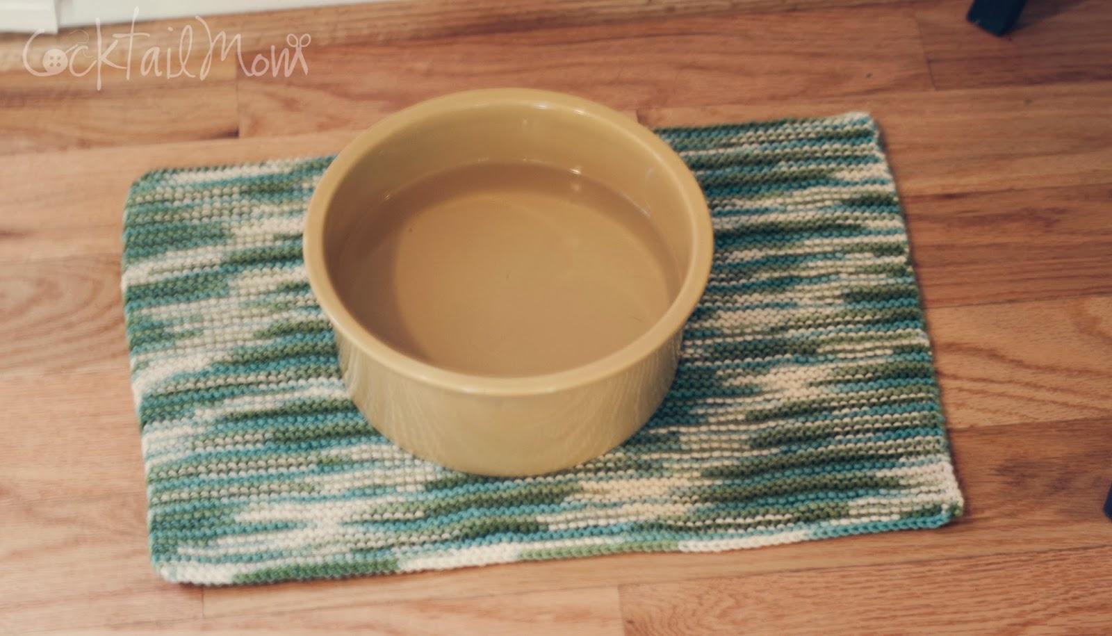 CocktailMom: Crochet Dog Bowl Mat