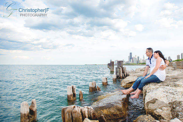 Lincoln Park Chicago Lake Michigan Maternity Photo