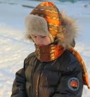 шапка вязаная теплая с козырьком из меха для мальчика