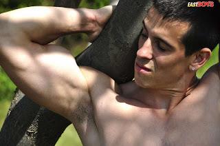 青少年的裸体女孩 - rs-Ben-4__DSC6073-710729.jpg