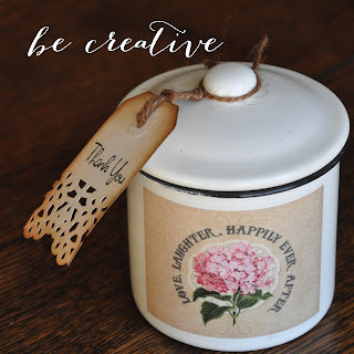 tin favors with custom labels on Creative Bag's blog