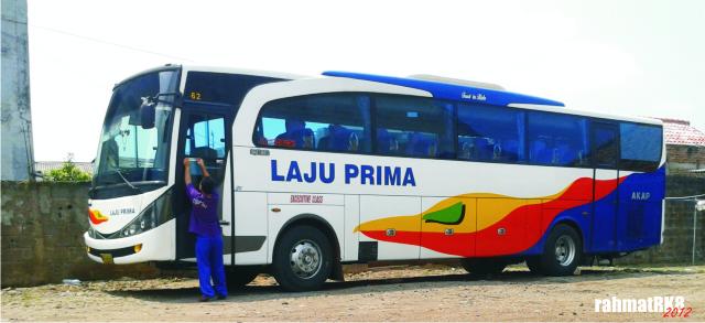 Bus Laju Prima