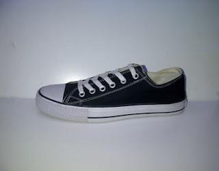 sepatu converse hitam, sepatu hitam, sepatu sekolah
