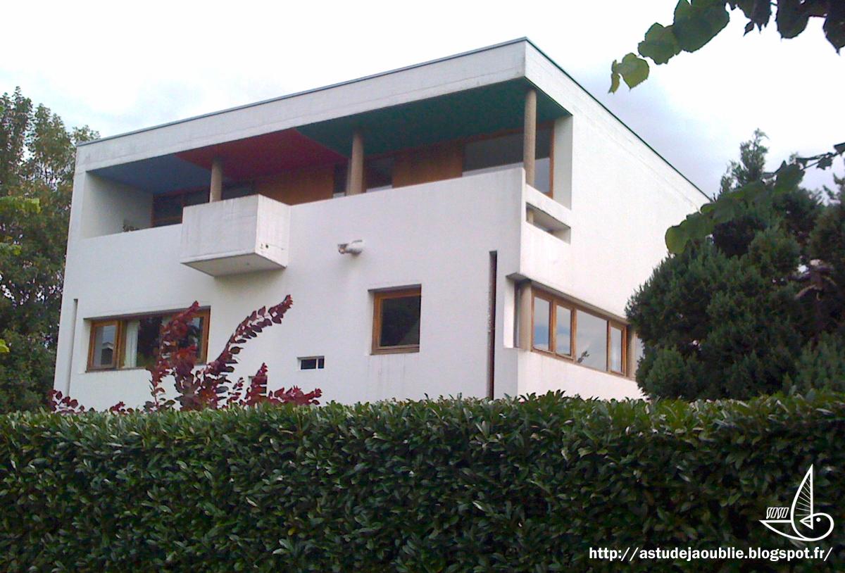 Vesoul maison henri kielwasser andr maisonnier for Construction maison sans architecte