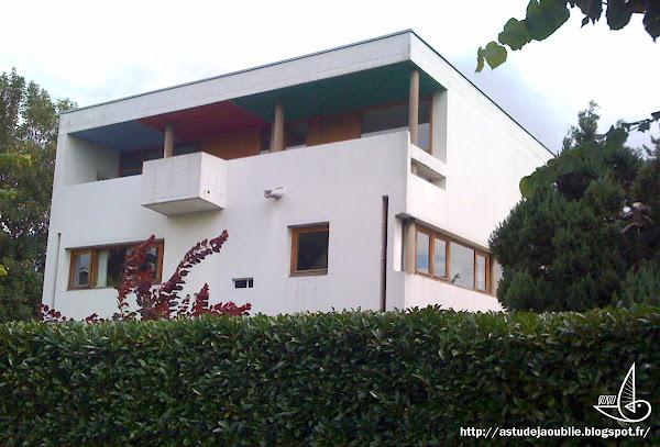 Vesoul - Maison Henri Kielwasser - Rue du docteur-Championnet  Architecte: André Maisonnier  Construction: 1956