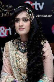 Biodata Pankhuri Awasthy Pemeran Razia Sultan