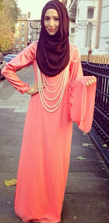 Foto Busana Muslim 2014 Dusty Pink Aksesoris Mutiara Baju Pesta