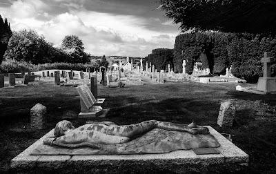 amazing gravestone in Hay cemetary
