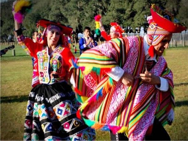 Bailes De La Sierra Peruana