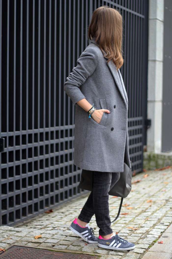 Structured Gray Coat