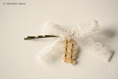bijoux avec noeud en dentelle