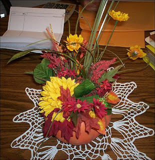 Fall Wedding Centerpieces Pumpkin With Flowers