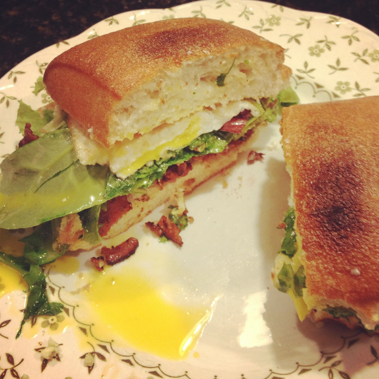 UMN Cooks: Fried Egg Sandwich with Bacon and Blue Cheese