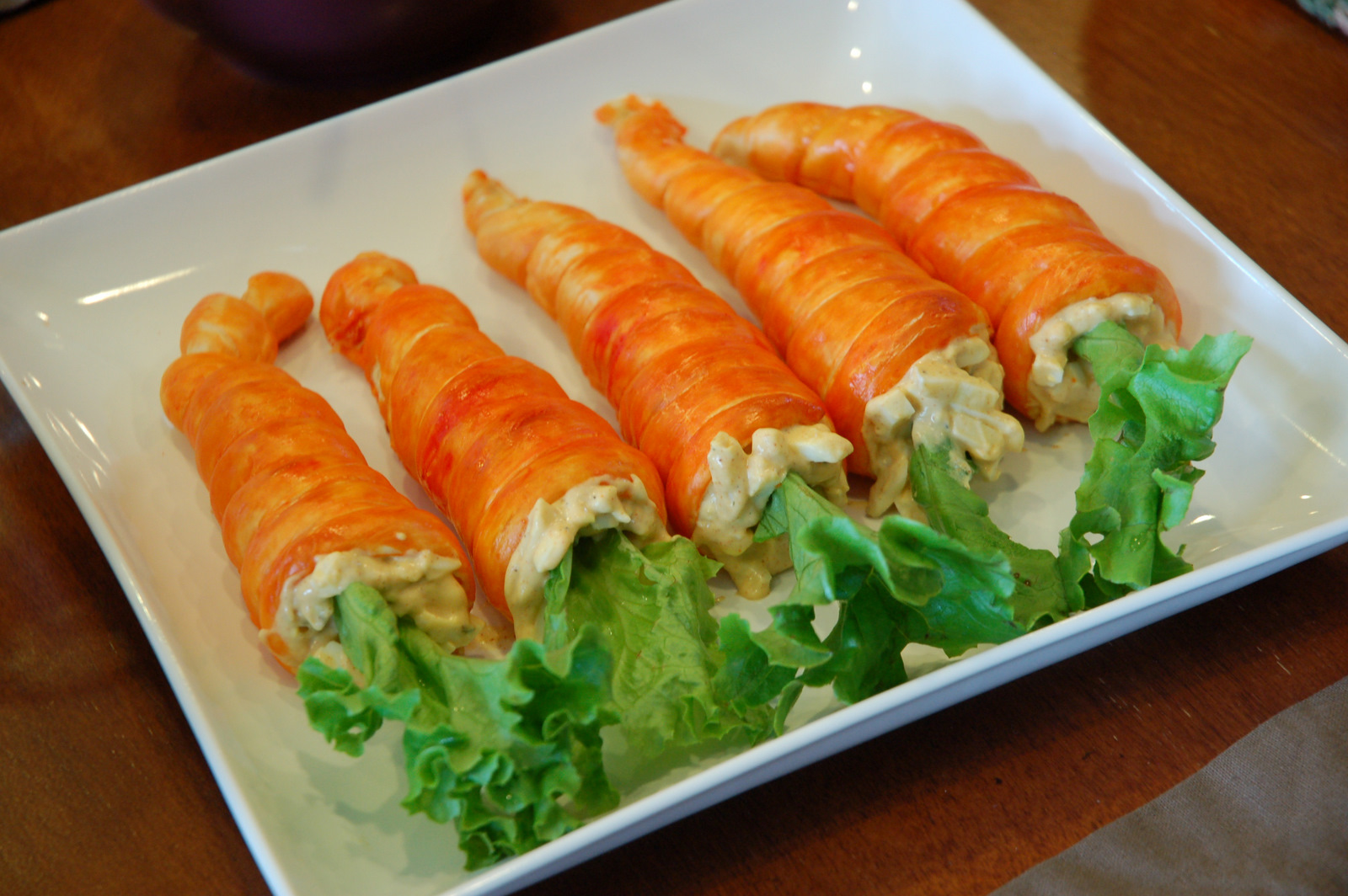 restlessrisa: easter dinner, carrot rolls & resurrection rolls