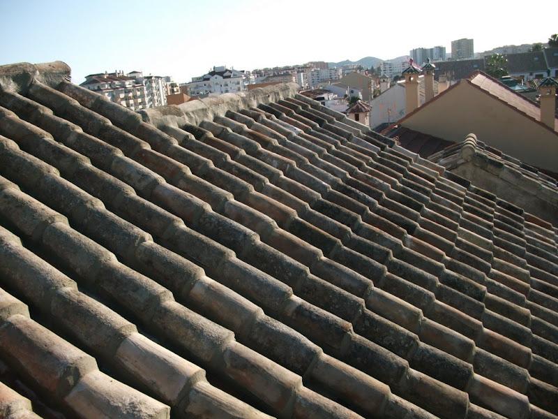 Tejados de tejas tejados teja panel s ndwich impermeabilizaciones uralitas tejados y - Tejados y cubiertas ...